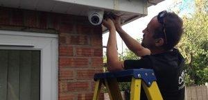 CCTV fitter