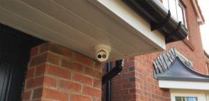 4K CCTV by front door