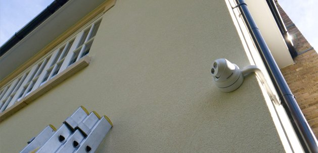 4K CCTV install on side of house